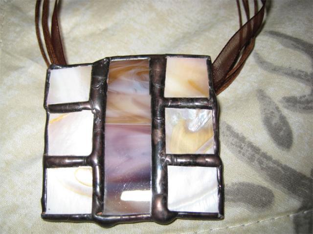 Halskette mit Perlmutt